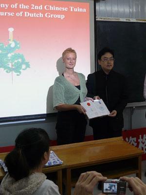 Chinees diploma voetreflexologie voor Margriet Sap